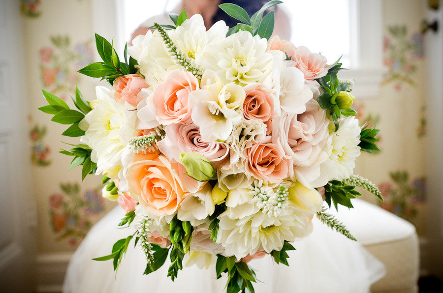 Romantic outdoor wedding spring wedding flowers centerpieces bouquet junglespirit Image collections