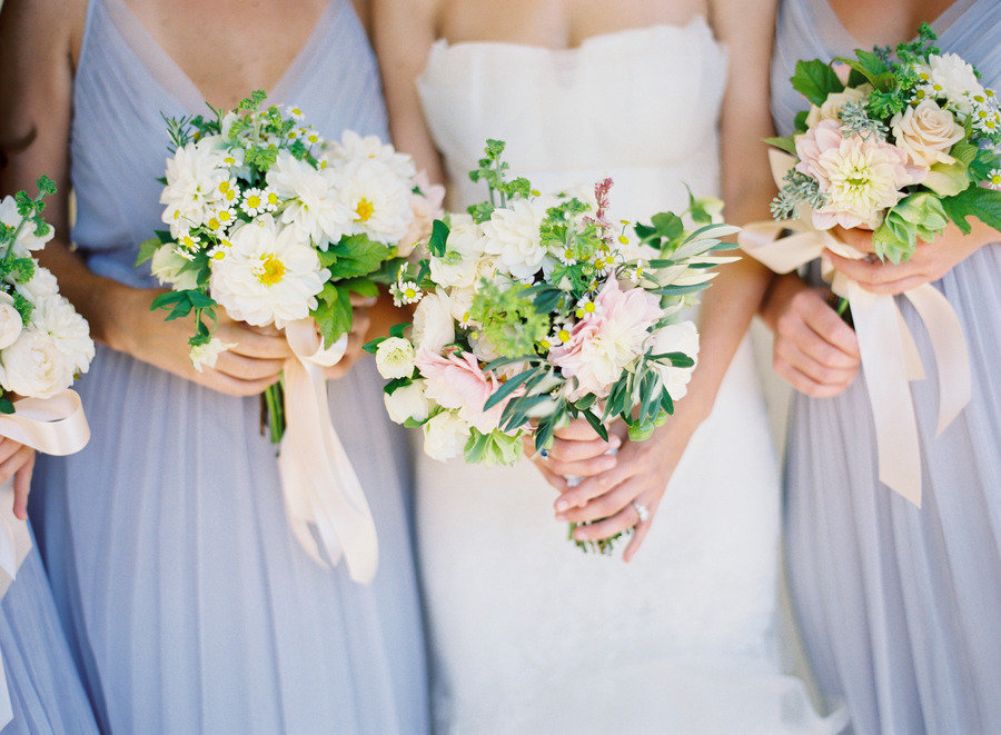 Spring-bridal-bouquet-wedding-flowers-for-bridesmaids-white-green-pastels.full