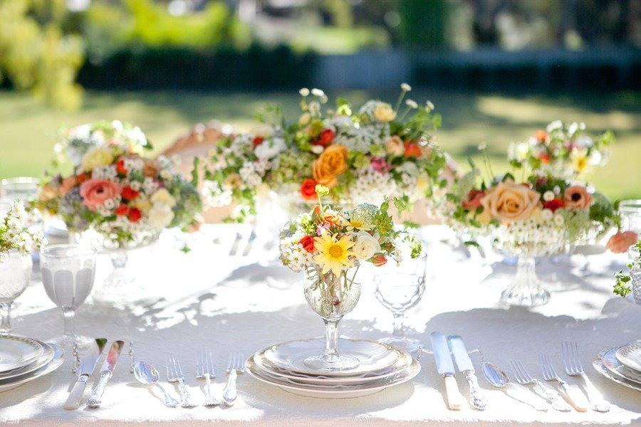 Romantic-spring-garden-wedding-flowers-reception-centerpieces-2.full