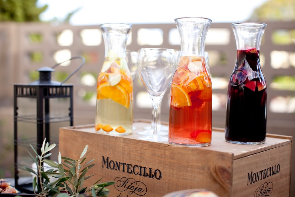 Signature-drinks-for-wedding-reception-outdoor-summer-wedding-sangria-three-ways.full