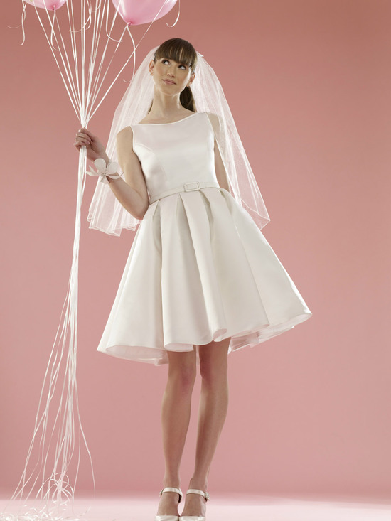 vintage inspired LWD 2012 bridal gowns casual