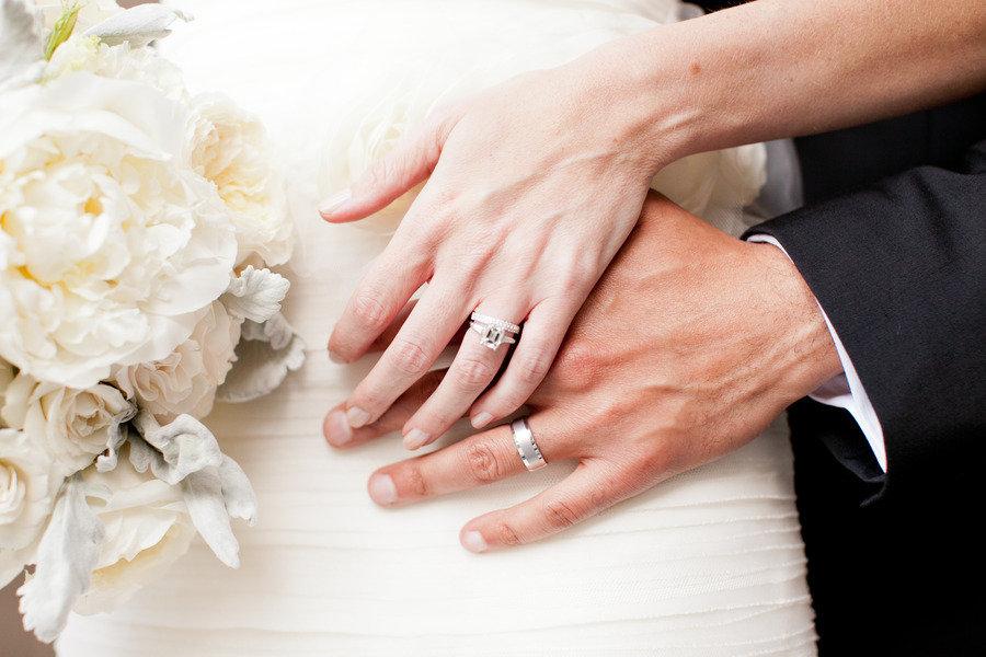 Romantic-winery-wedding-outdoor-wedding-venues-bride-groom-wedding-bands.full