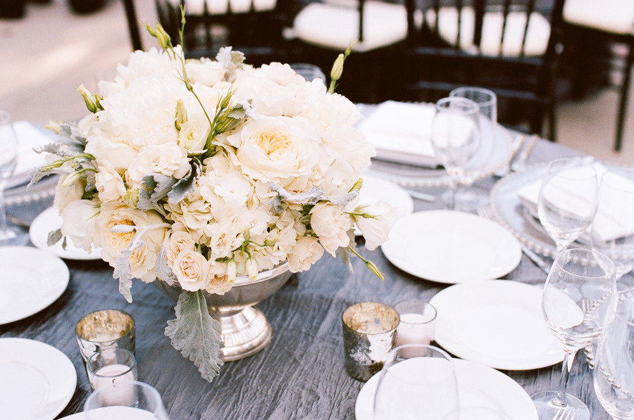 Romantic-winery-wedding-outdoor-wedding-venues-ivory-centerpieces.full
