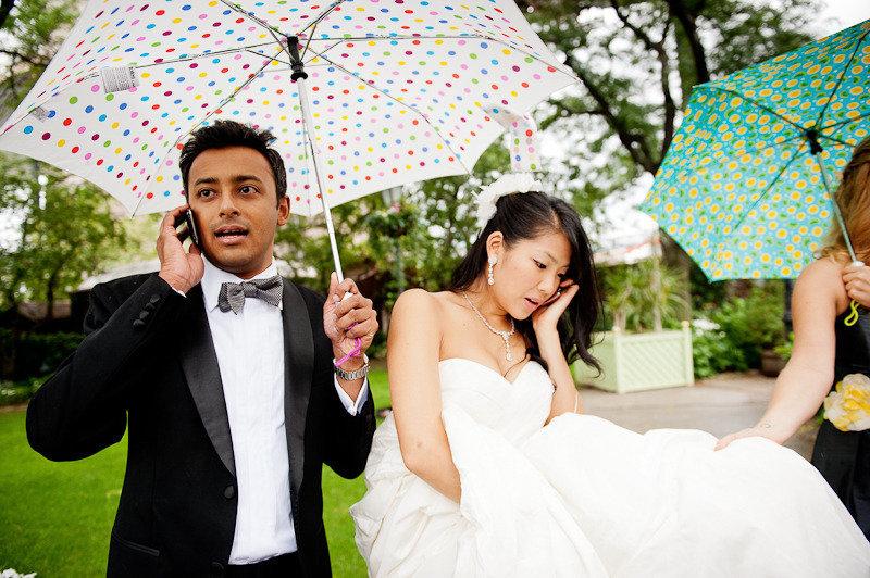 Most-memorable-wedding-photos-bride-groom-on-phone.full
