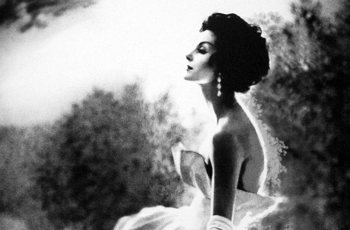 Vintage-brides-wedding-hair-makeup-inspiration-black-white-wedding-photos-12.full