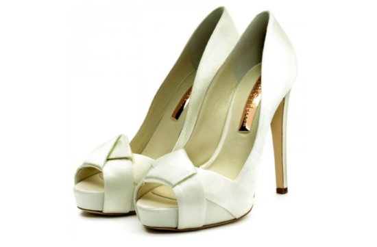 classic ivory wedding shoes criss cross bows