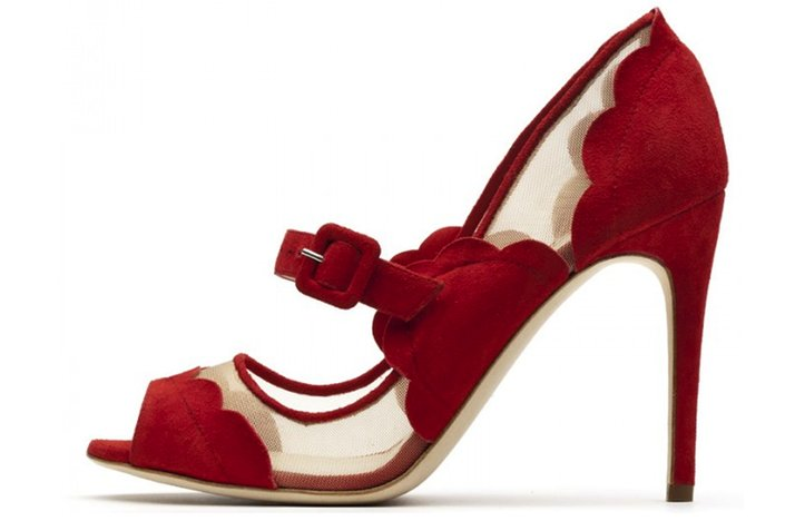 Splurge-worthy-wedding-shoes-red-illusion-details.full