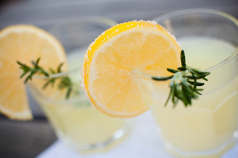 signature drinks spiked lemonade