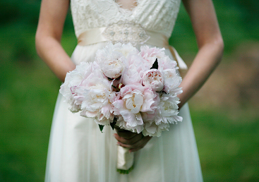 Romantic-spring-wedding-outdoor-venue-ivory-light-pink-peony-bridal-bouquet.original