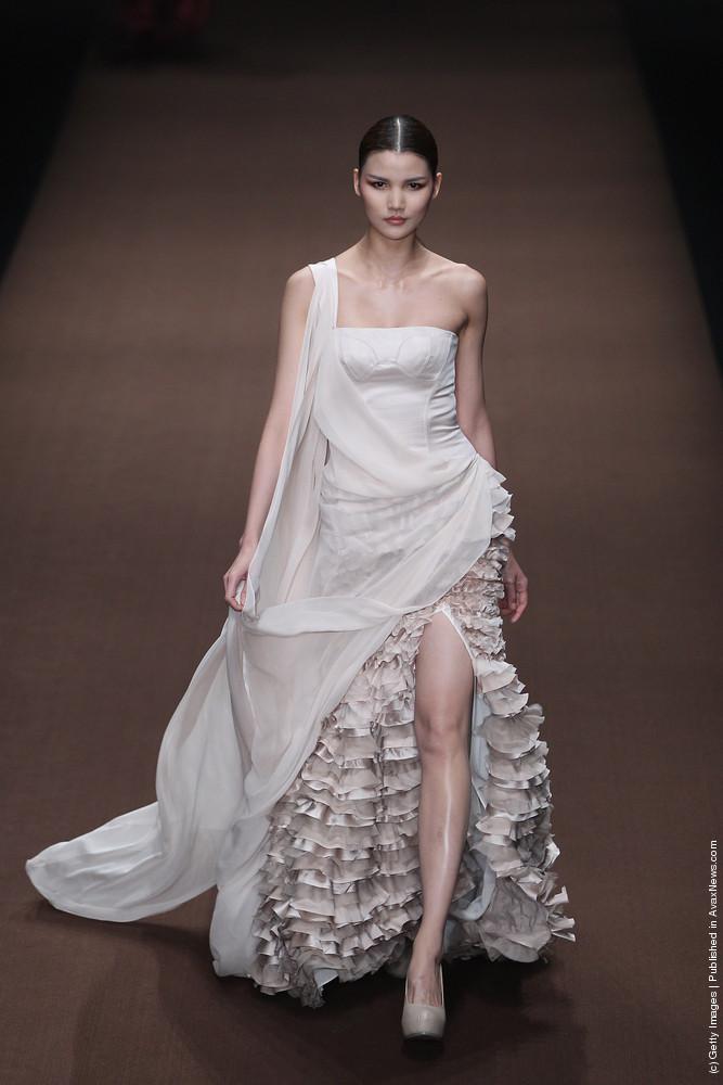 Wedding-dress-inspiration-from-china-fashion-week-2012-2.full