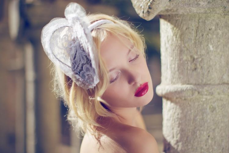 Romantic-bridal-headpiece-lace-red-lips.full