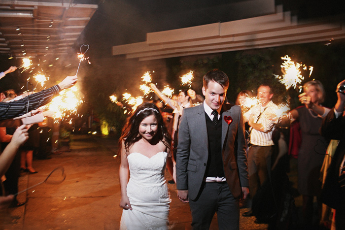 Bride-groom-sparkler-sendoff.full
