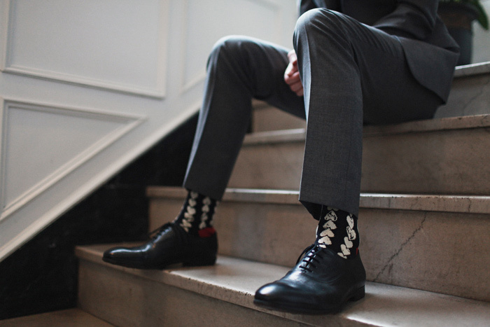 Love-themed-real-wedding-heart-socks-for-groom.full