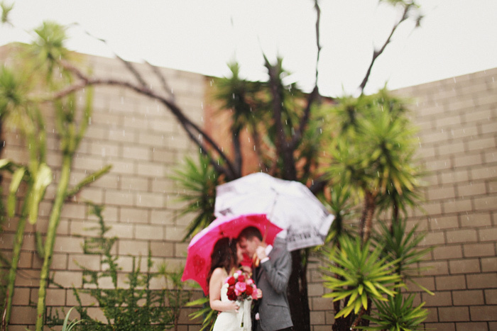 Rainy-real-wedding.full