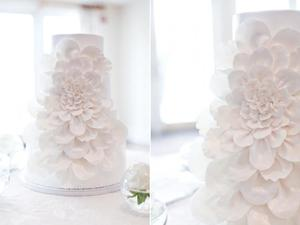 photo of pretty romantic wedding cakes 5