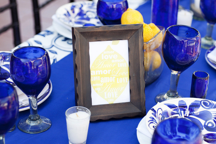 Wedding-color-palettes-bridal-inspiration-from-real-weddings-cobalt-blue-lemon-yellow-tablescape.full