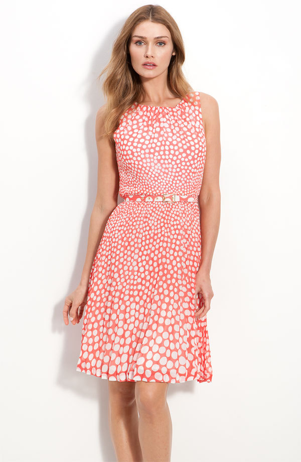 Printed-bridesmaid-dress-2012-spring-wedding-trends-coral-white.full
