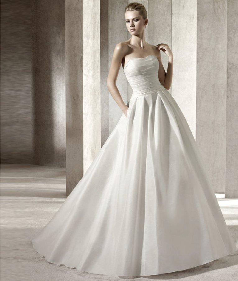 photo of pronovias505093 jilguero copy