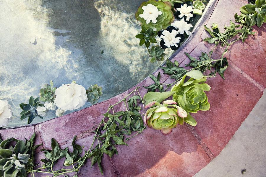 Enchanted-garden-wedding-outdoor-ceremony-venue-succulents-floral-garland.full