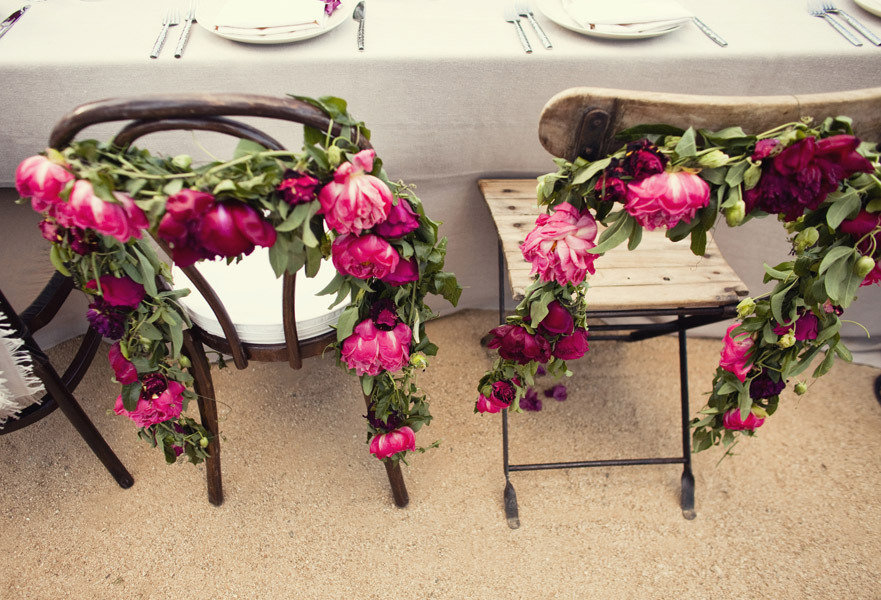 Enchanted-garden-wedding-inspiration-reception-flowers-pink-garland.full