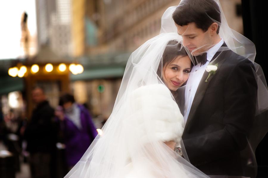 Bride-groom-winter-wedding.full