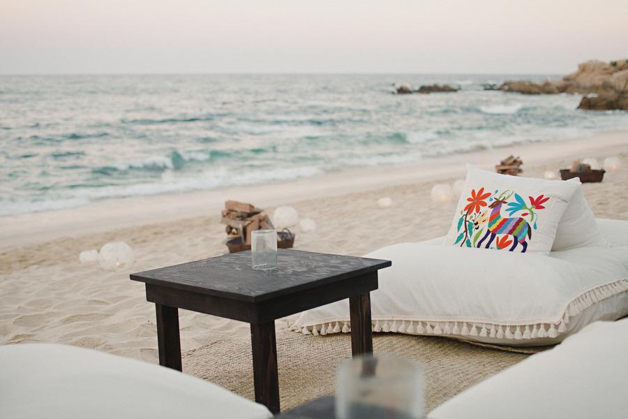 Beach-wedding-linen-lounge-area-at-reception.full