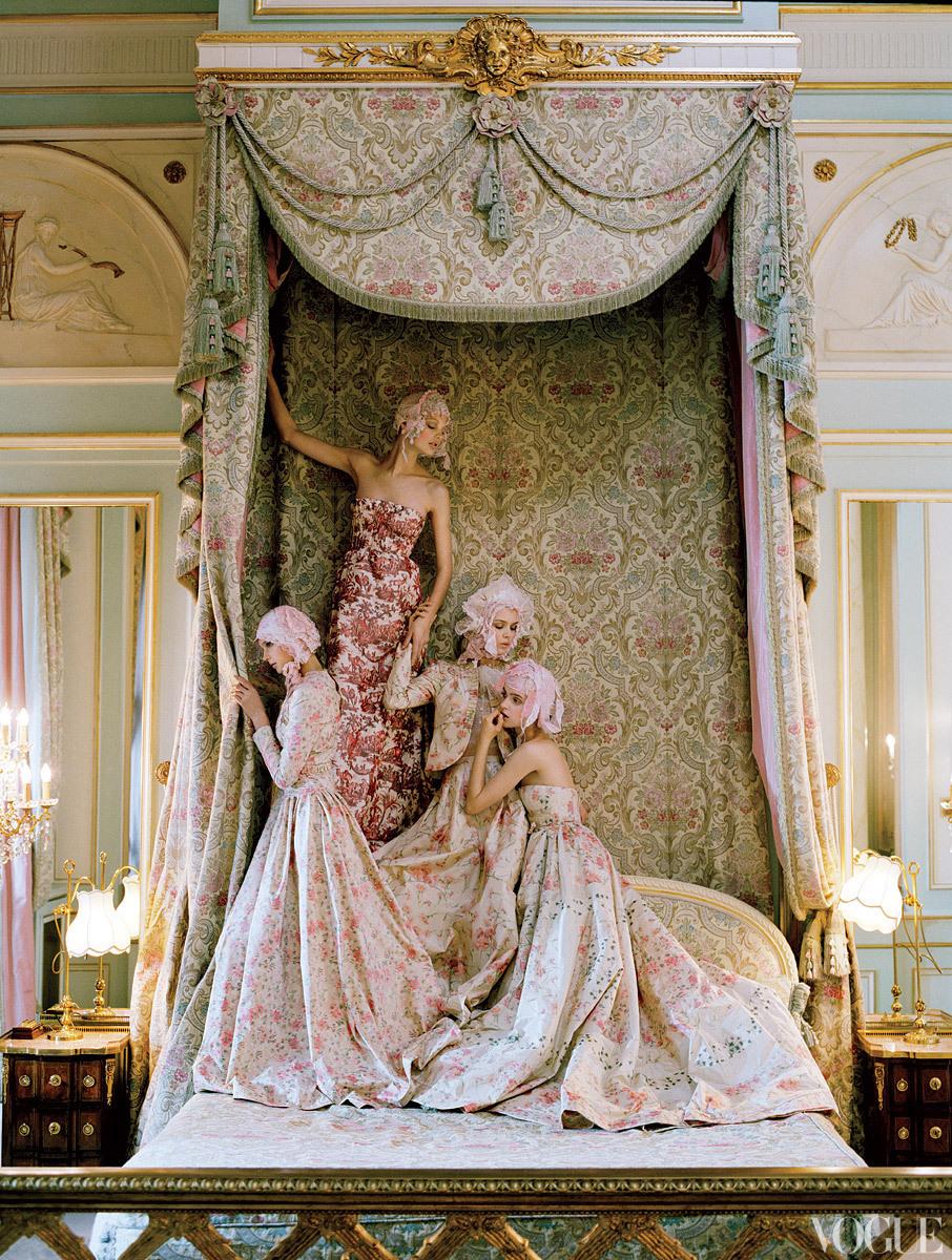 Dramatic-wedding-inspiration-kate-moss-elegant-ballroom-wedding-venue-printed-wedding-dresses.full