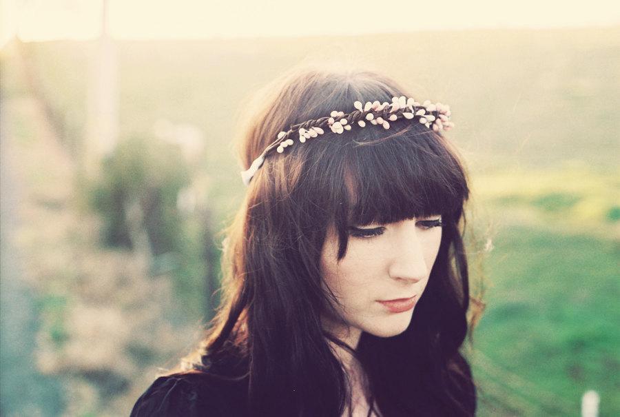 Bohemian-bride-wedding-hair-accessories.full