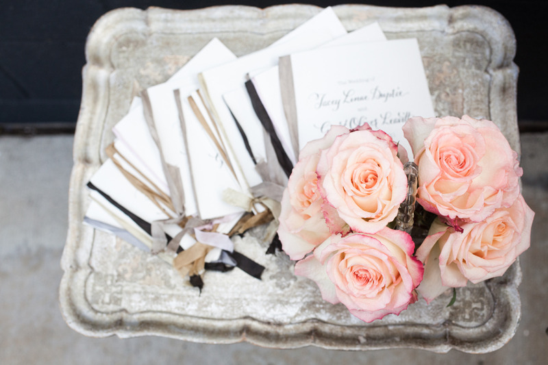 Elegant-real-wedding-outdoor-venue-light-peach-roses.full
