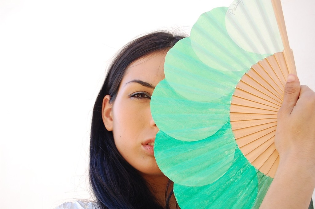 Mint-green-fans-for-outdoor-wedding-reception.full