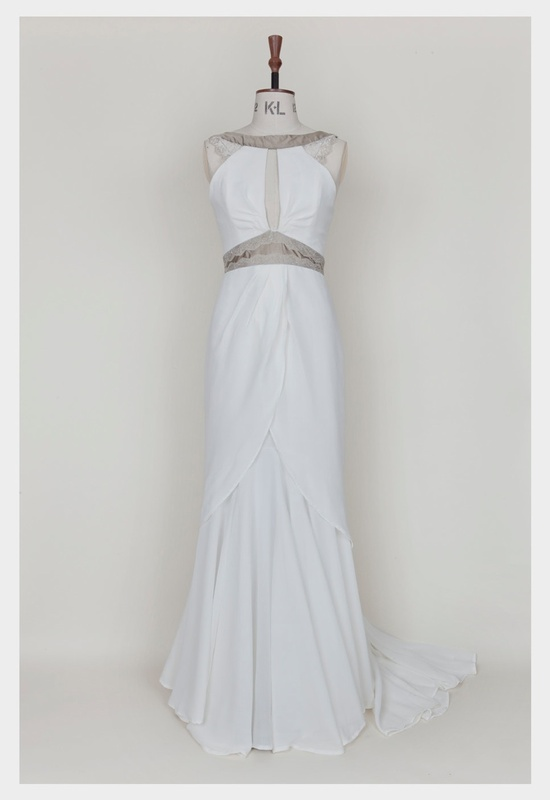 photo of 1920's-inspired wedding dress