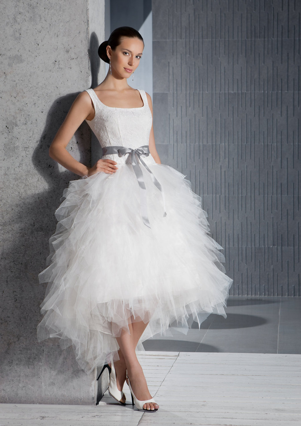 spring 2012 romantic wedding dress tea length tulle structured bodice with sash