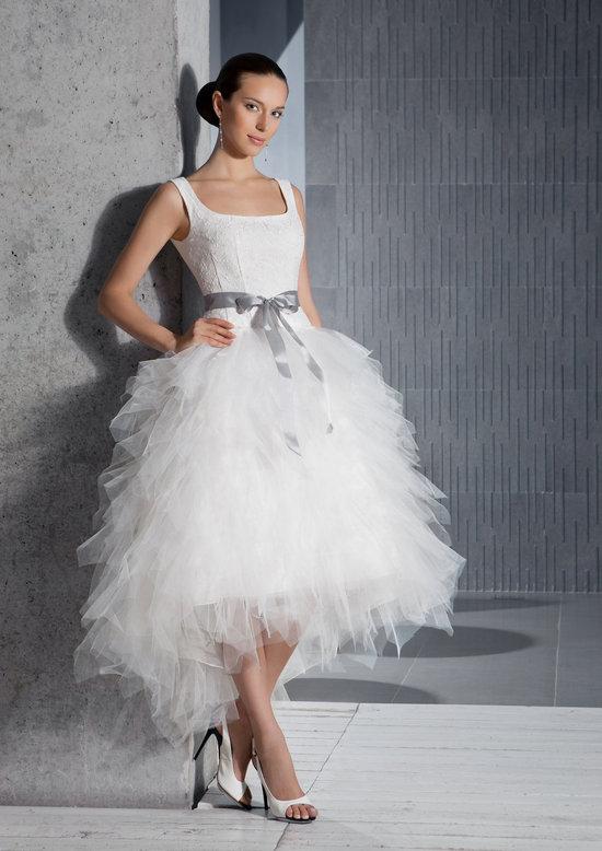 photo of Tea-length tulle wedding dress