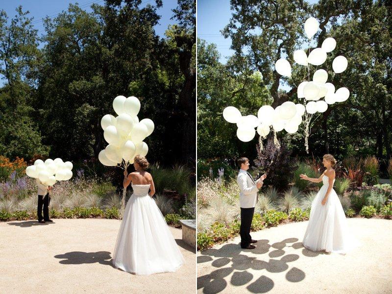Unique Wedding Ideas: Unique Wedding Ideas First Look Using Balloons