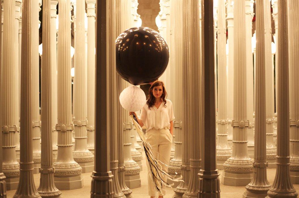 Wedding-reception-decor-balloons.full