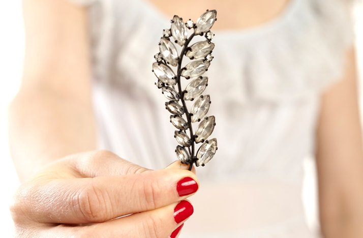Vintage-brooch-bridal-hair-comb.full