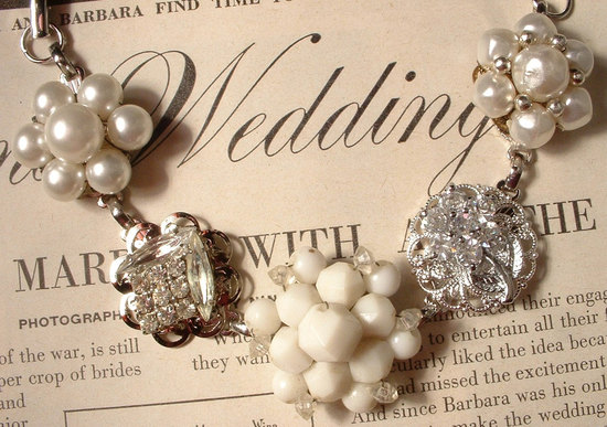 brides something old statement necklace pearls crystals