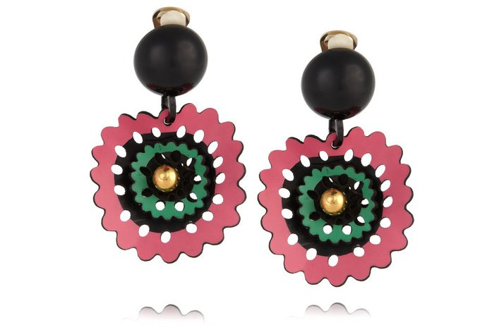 Creative-bridesmaid-gift-ideas-for-brides-earrings-with-a-tropical-twist.full