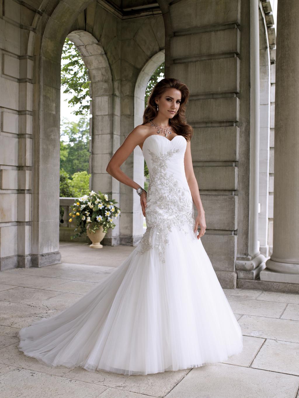 2012-wedding-dress-david-tutera-for-mon-cheri-bridal-gowns-112203.full