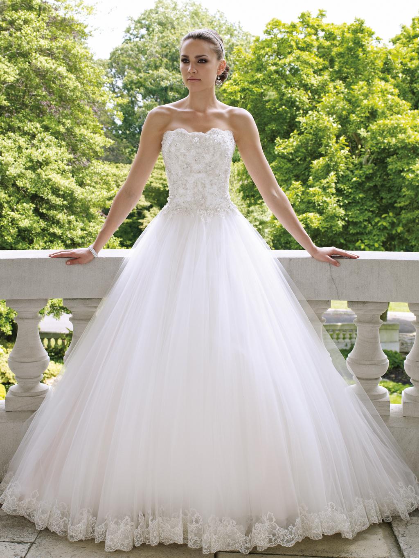 2012-wedding-dress-david-tutera-for-mon-cheri-bridal-gowns-112215.full