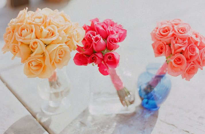 3-unique-monochromatic-bridal-bouquets-.full