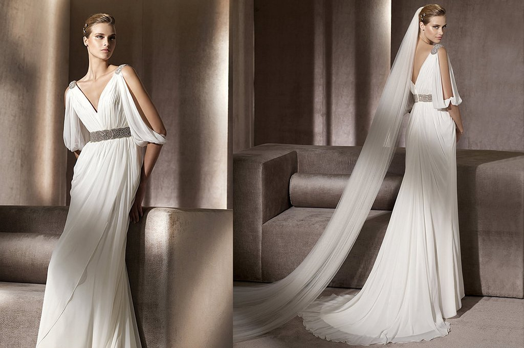 Pronovias-wedding-dress-2012-cape-style.full