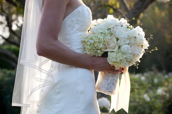 photo of weddings by color all white bridal bouquet