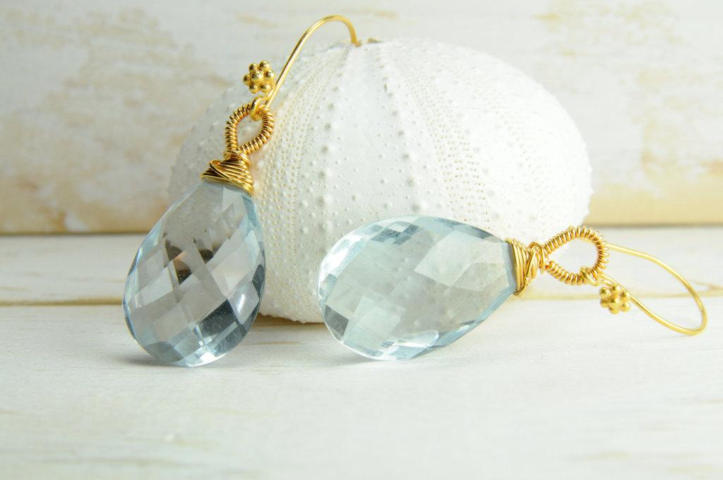 Bridal-style-wedding-ideas-something-blue-etsy-1.full
