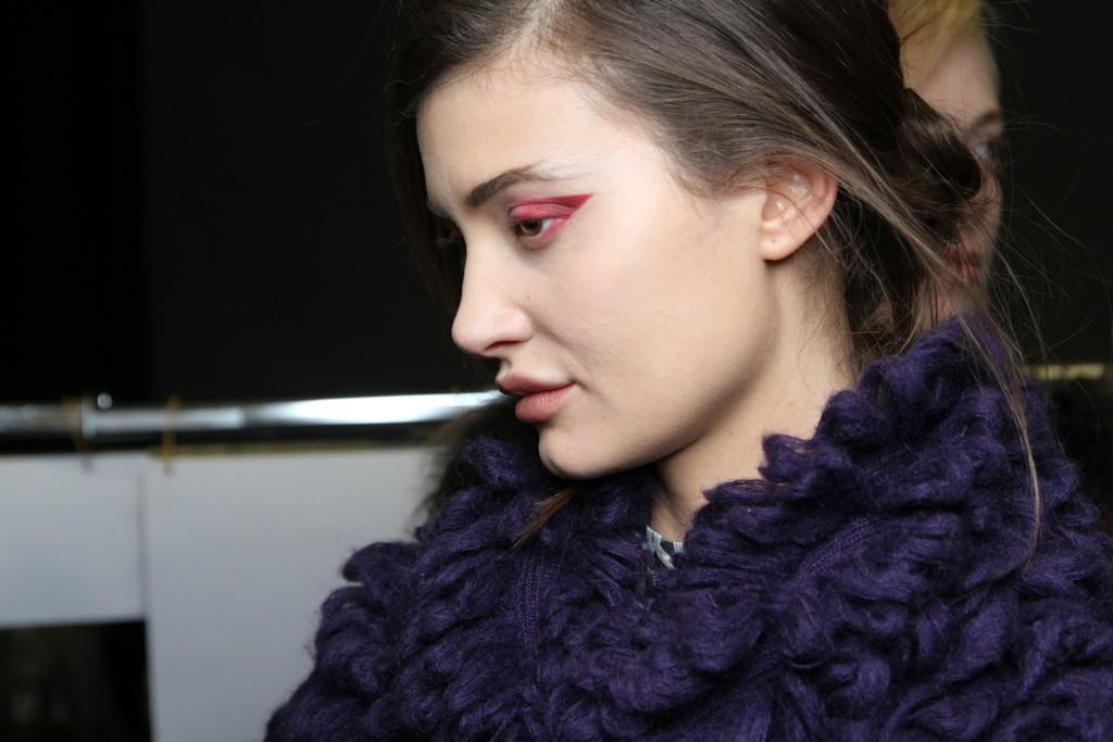 Offbeat-wedding-makeup-runway-inspiration-red-eye-shadow-emporio-armani.full