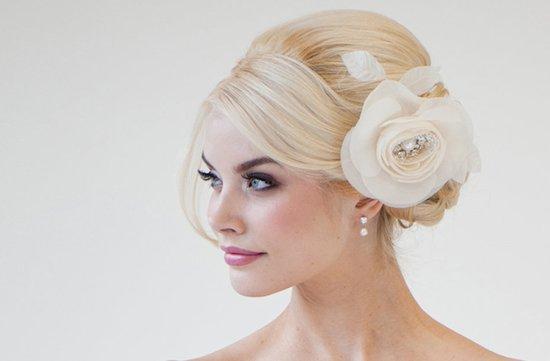 photo of Silk flower wedding hair comb by Powder Blue Bijoux
