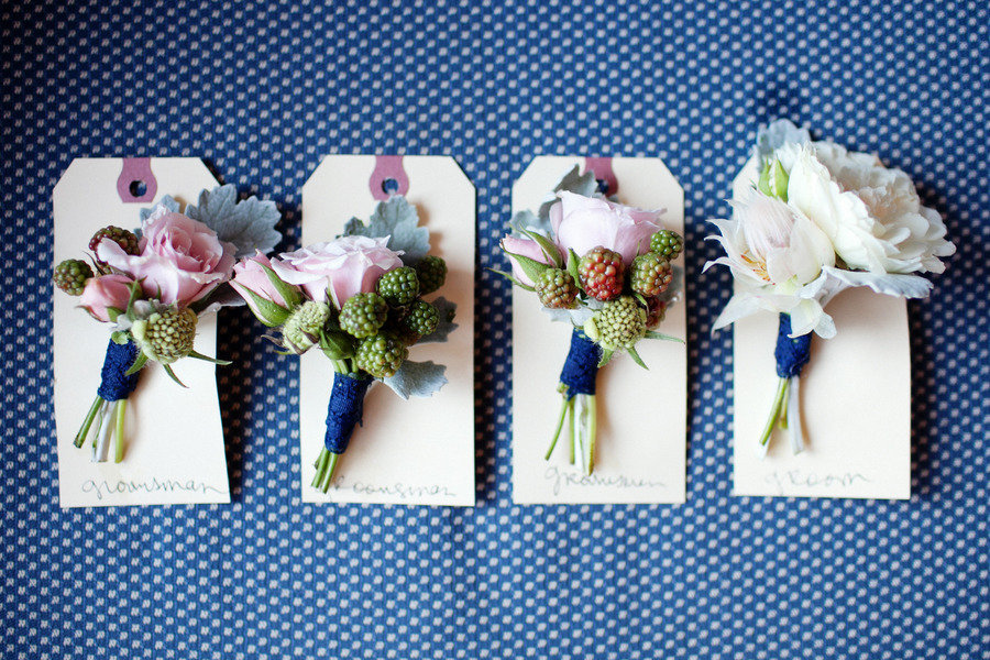 Grooms-boutonnieres-romantic-wedding-flowers.full