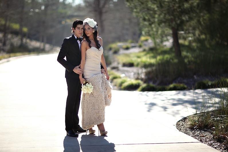High-fashion-bridal-veils-wedding-hair-accessories-by-jasmine-star-2.full
