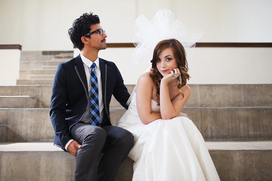 Dramatic-pouf-bridal-veil-wedding-hair-accessories.full