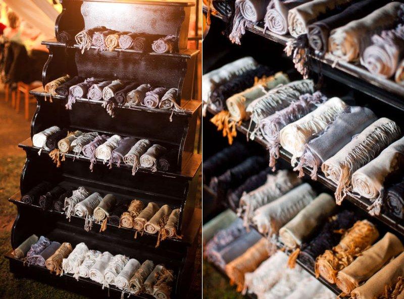 Cozy-wedding-guest-favors-shawls.full